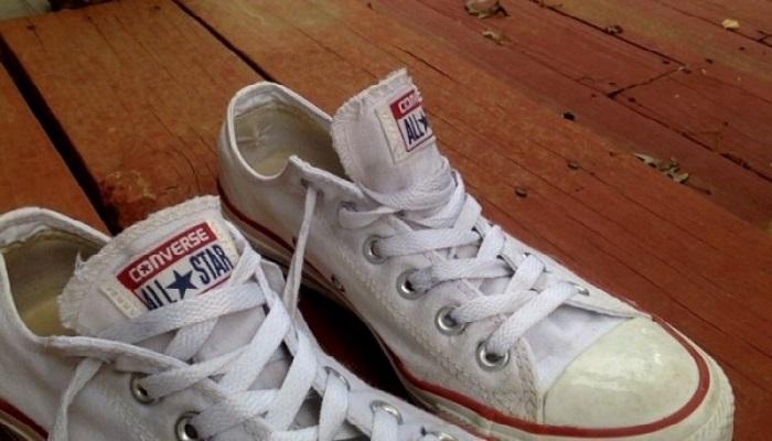limpieza de sneakers converse blancas