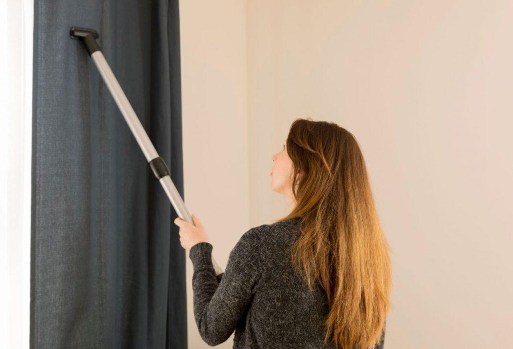 limpiar cortinas blackout con aspiradora
