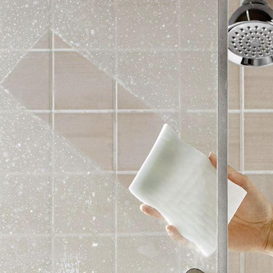 limpiar el baño con borrador magico