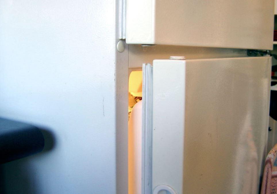 limpiar las gomas del frigorifico