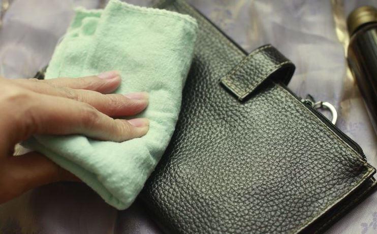 limpiar bolso polipiel desteñido