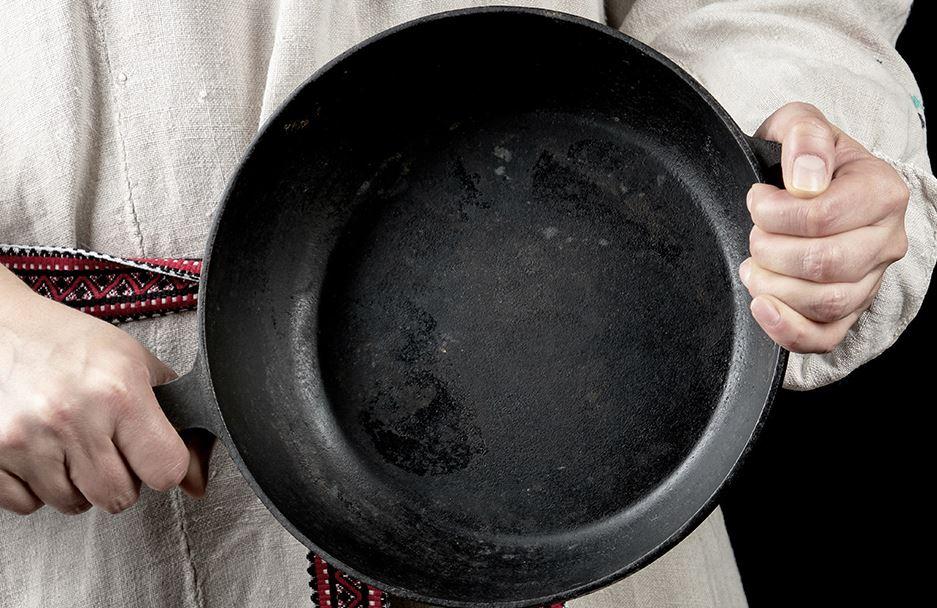 limpiar sarten hierro negra