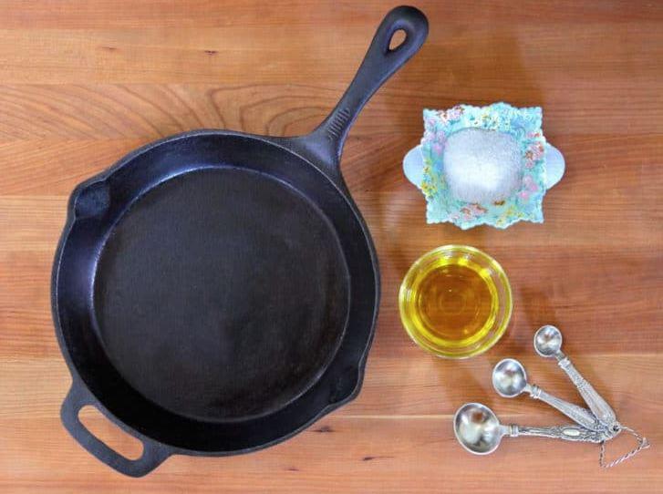 limpiar sartenes de hierro fundido