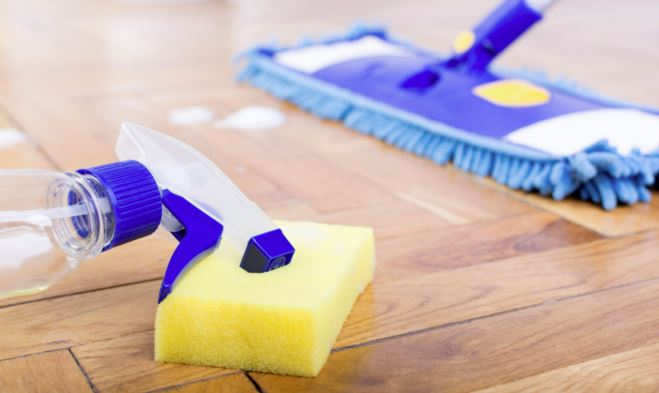 trucos caseros para limpiar la tarima