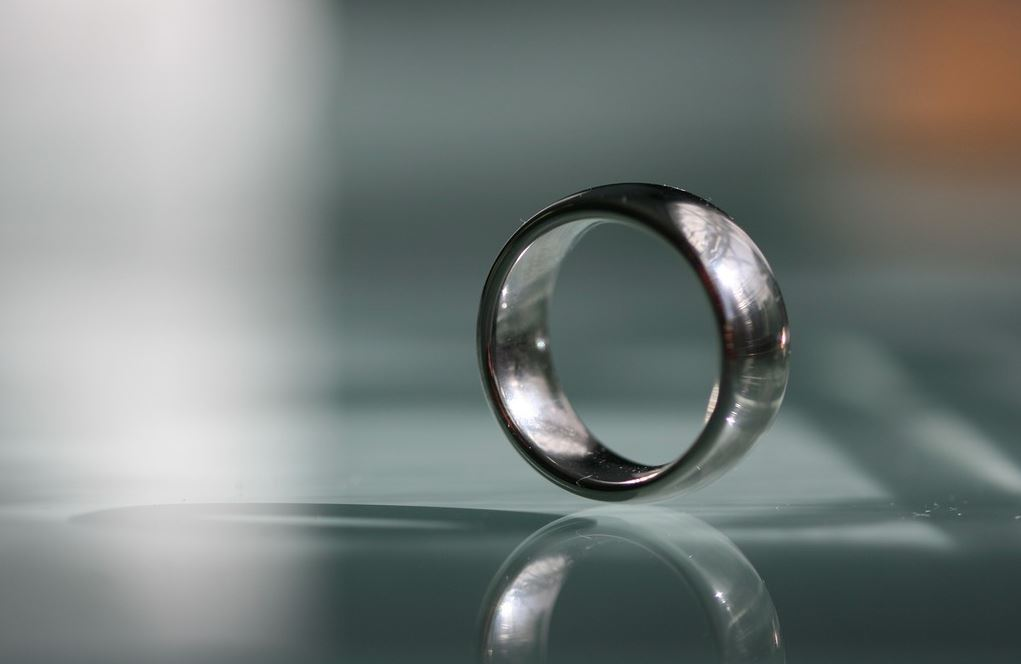 anillo de acero quirurgico hombre mujer unisex