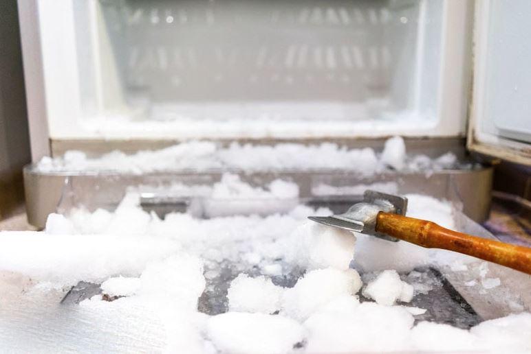 como descongelar un congelador con mucho hielo