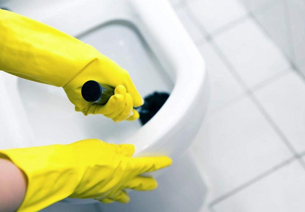 como limpiar los sanitarios del baño