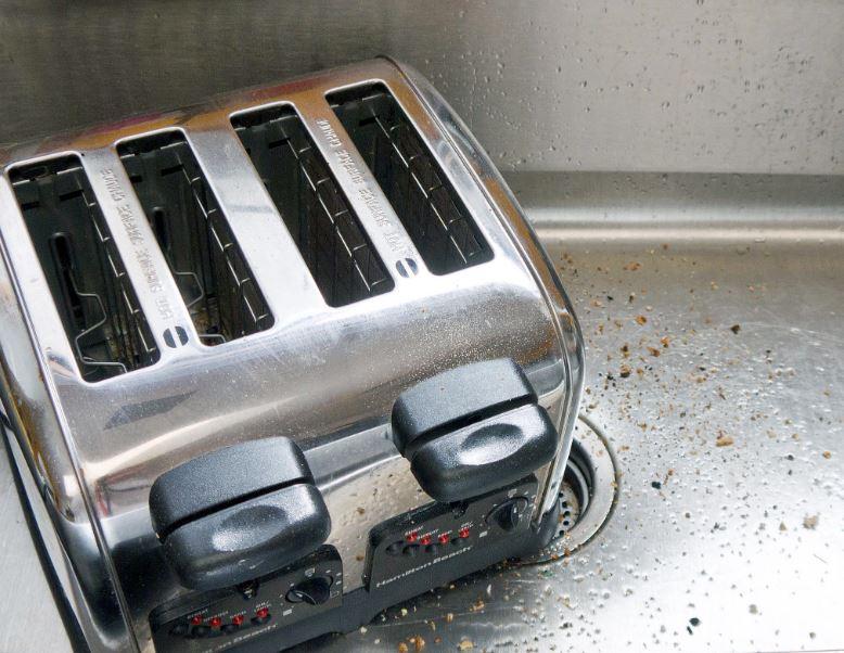 como limpiar tostadora de acero inoxidable