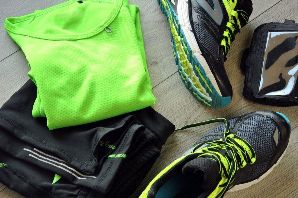 como quitar el olor de la ropa de deporte