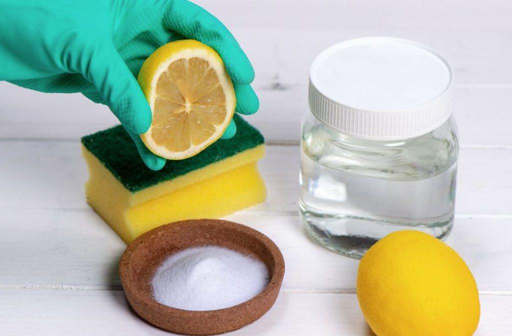 limpiar el baño con productos caseros