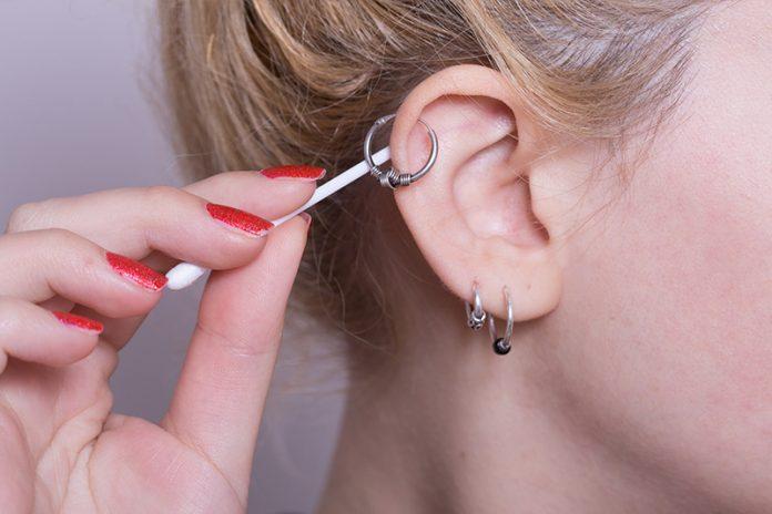 limpiar joyas de acero quirúrgico