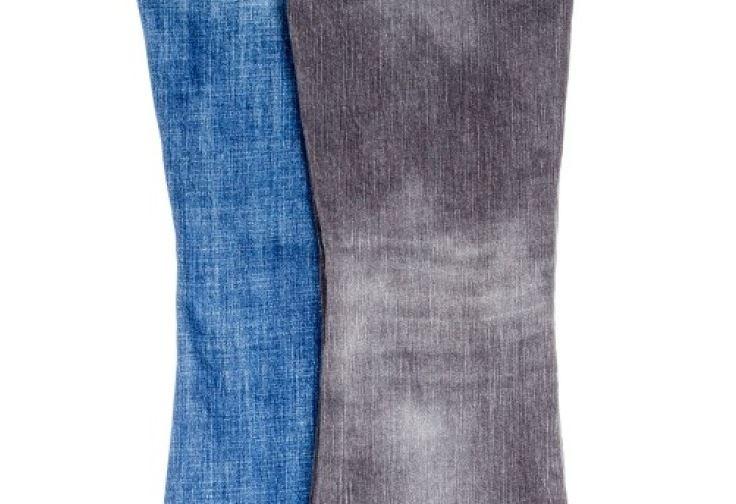 pantalones desteñidos campana