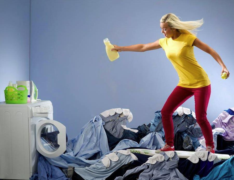 porque huele mal la ropa despues de lavarla