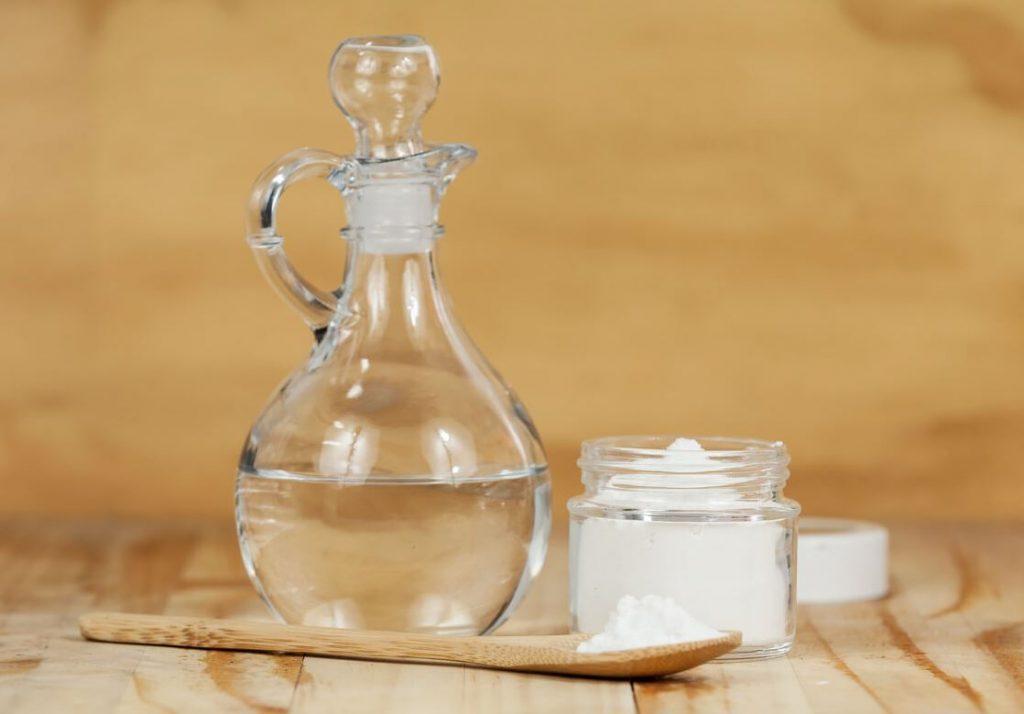 vinagre y bicarbonato para desatascar tuberias