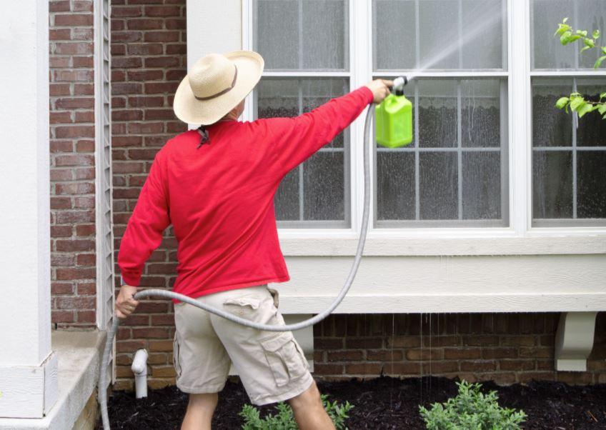 Cómo limpiar el patio de mi casa