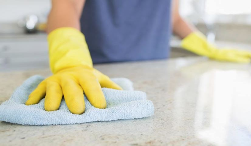 como limpiar una encimera de silestone
