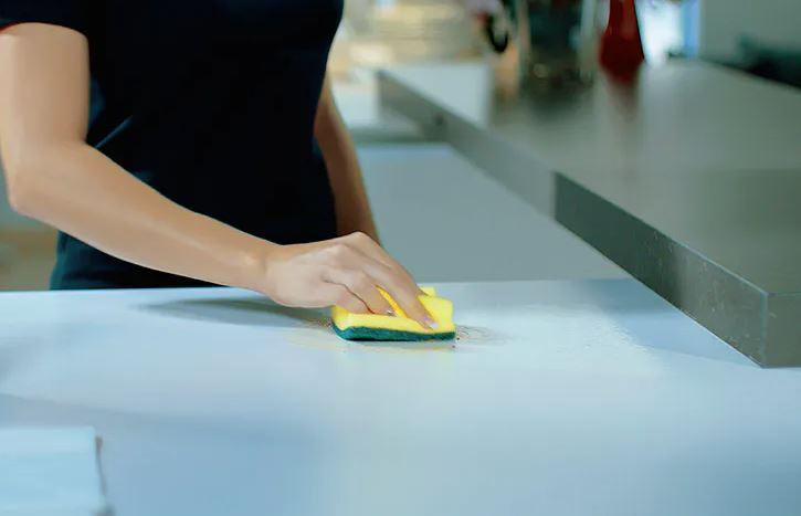 limpiar silestone blanco amarillea