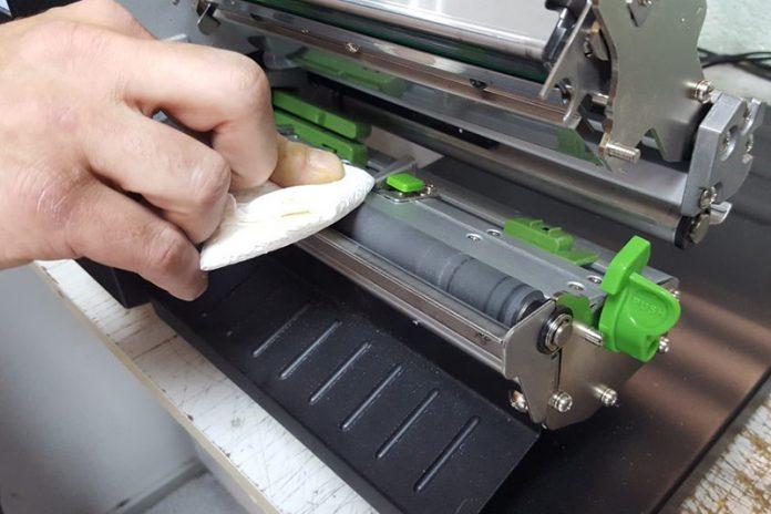 cómo limpiar una impresora láser