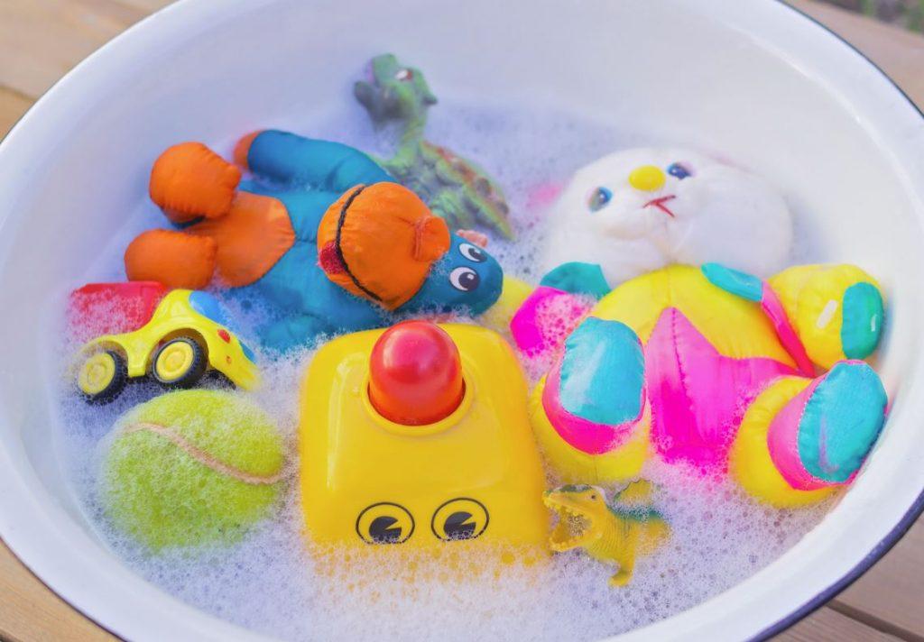 como lavar los peluches a mano