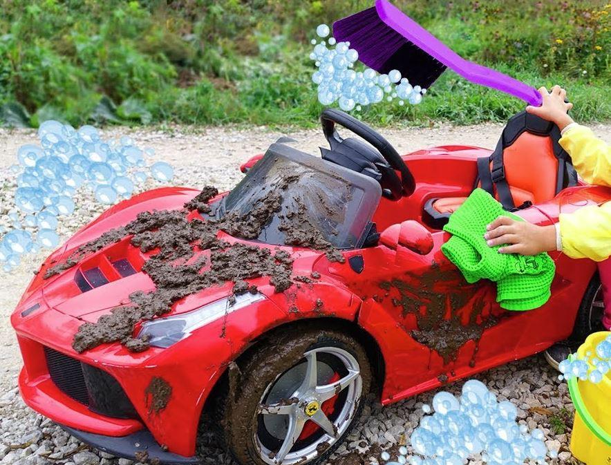 como limpiar un coche de juguete con motor