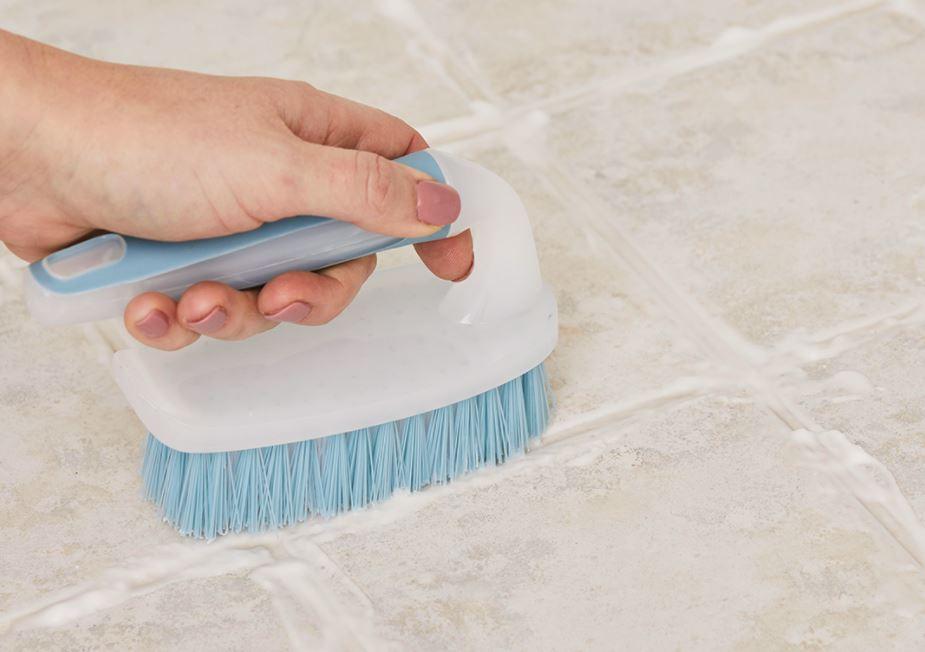 limpiar baldosas de ceramica