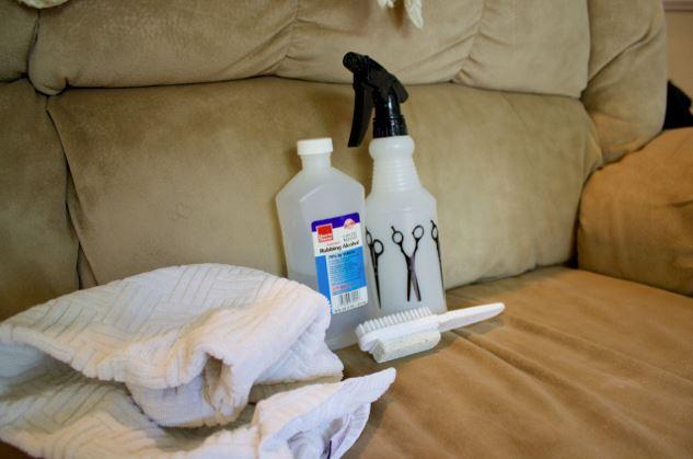 limpiar sofa de ante con alcohol
