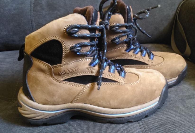 limpiar zapatos de nobuk marrones