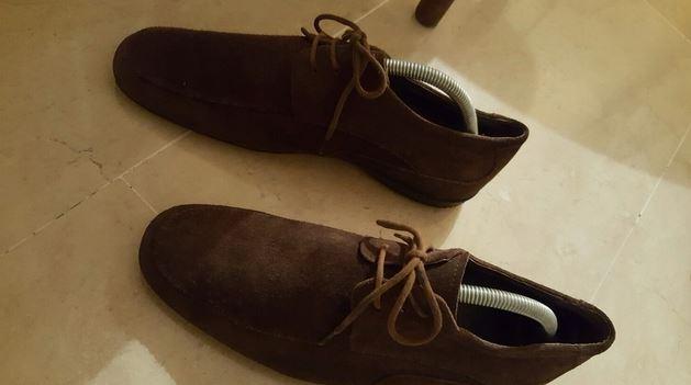 limpiar zapatos de piel vuelta