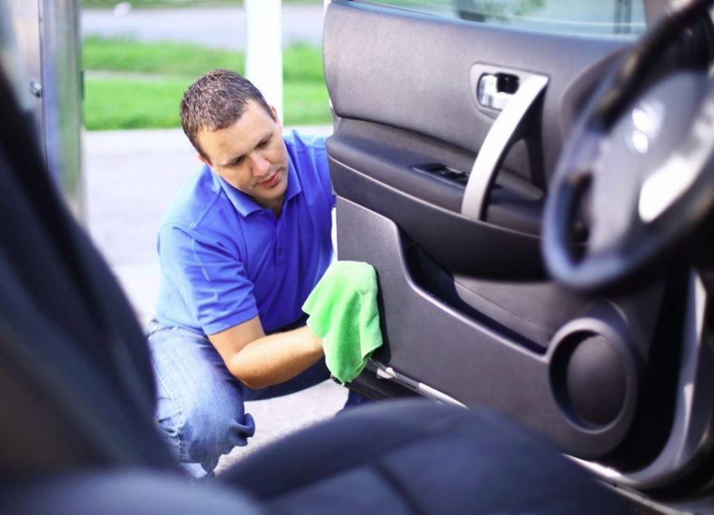 liquidos para limpiar tapiceria carro