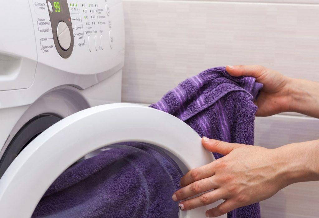 manchas en la ropa despues de lavar